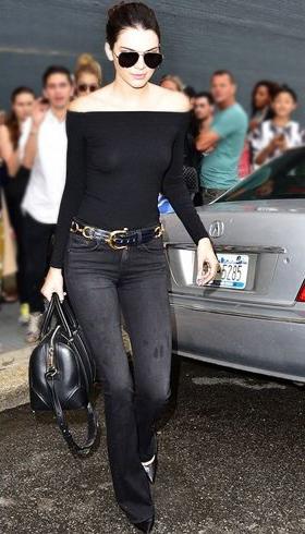 black-flare-jeans-black-top-offshoulder-sun-bun-belt-black-bag-black-shoe-pumps-wear-fashion-style-spring-summer-celebrity-kendalljenner-brun-lunch.jpg