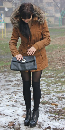 black-tights-ponytail-black-shoe-booties-black-bag-brun-camel-jacket-coat-parka-fall-winter-outfit-dinner.jpg