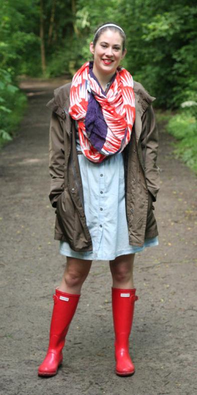 blue-light-dress-shirt-red-scarf-print-hairr-head-red-shoe-boots-wellies-rain-green-olive-jacket-coat-parka-fall-winter-weekend.jpg