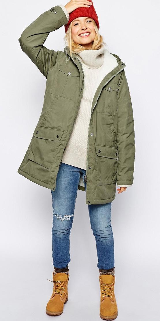blue-med-skinny-jeans-white-sweater-turtleneck-blonde-socks-tan-shoe-booties-beanie-green-olive-jacket-coat-parka-fall-winter-outfit-weekend.jpeg