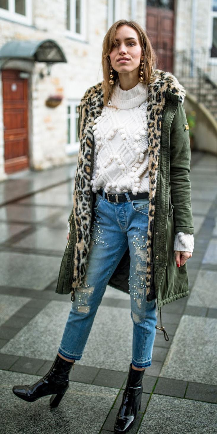 blue-light-boyfriend-jeans-white-sweater-earrings-hairr-belt-black-shoe-booties-green-olive-jacket-coat-parka-fall-winter-outfit-lunch.jpg
