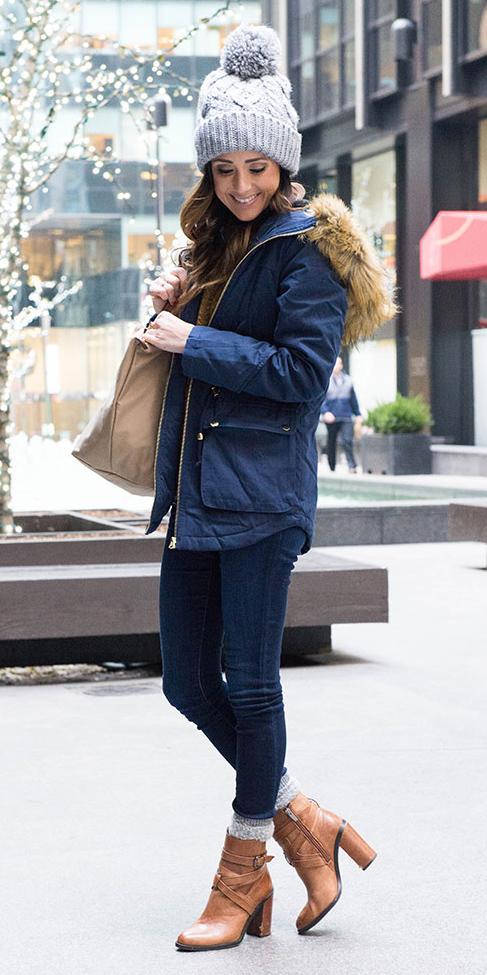 blue-navy-skinny-jeans-socks-cognac-shoe-booties-hairr-beanie-blue-navy-jacket-coat-parka-fall-winter-weekend.jpg