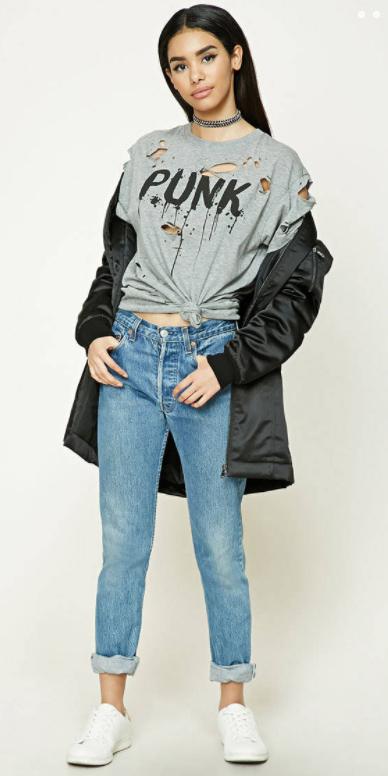 blue-light-boyfriend-jeans-grayl-graphic-tee-black-jacket-coat-parka-brun-choker-white-shoe-sneakers-fall-winter-weekend.jpg