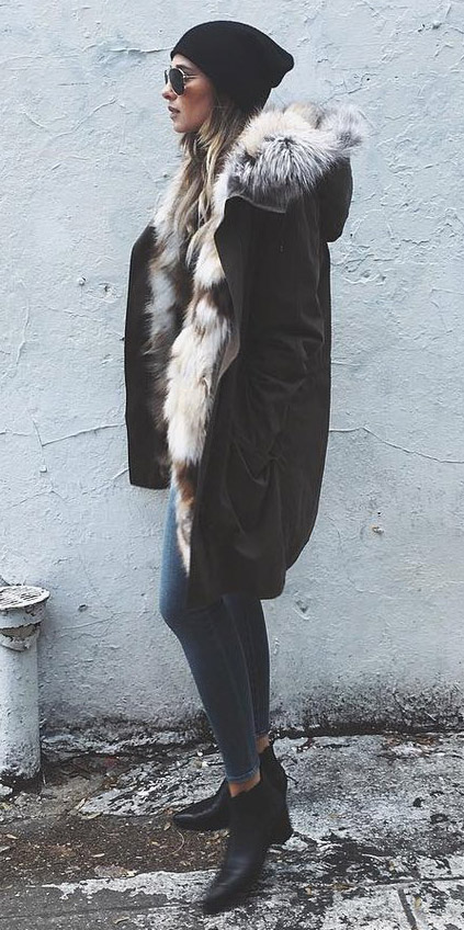 blue-navy-skinny-jeans-hairr-sun-beanie-black-shoe-booties-fur-layer-black-jacket-coat-parka-fall-winter-weekend.jpeg