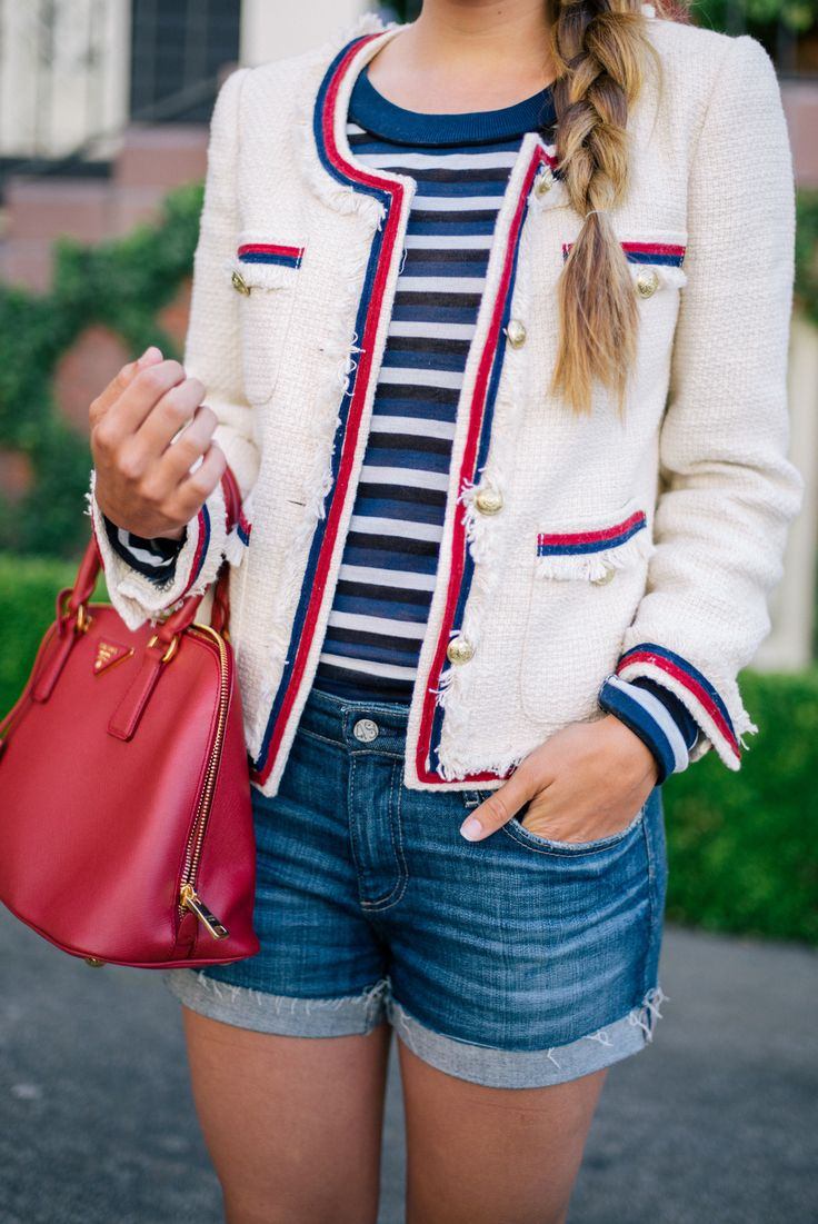 blue-med-shorts-blue-navy-tee-stripe-red-bag-white-jacket-lady-spring-summer-weekend.jpg