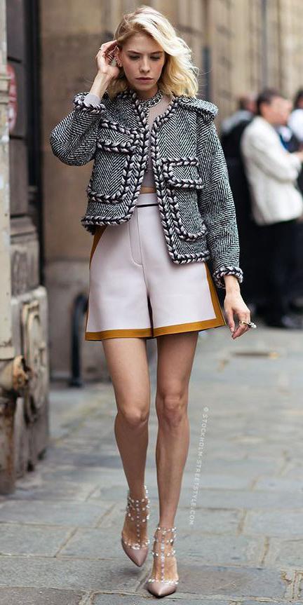 white-shorts-tan-shoe-pumps-blonde-black-jacket-lady-spring-summer-lunch.jpg