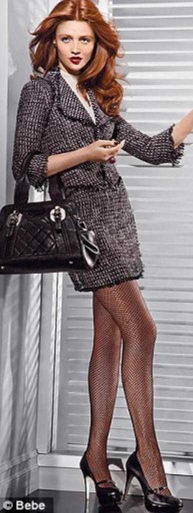 black-mini-skirt-black-jacket-lady-black-bag-wear-style-fashion-fall-winter-tweed-skirt-suit-office-black-shoe-pumps-black-tights-fish-hairr-work.jpg