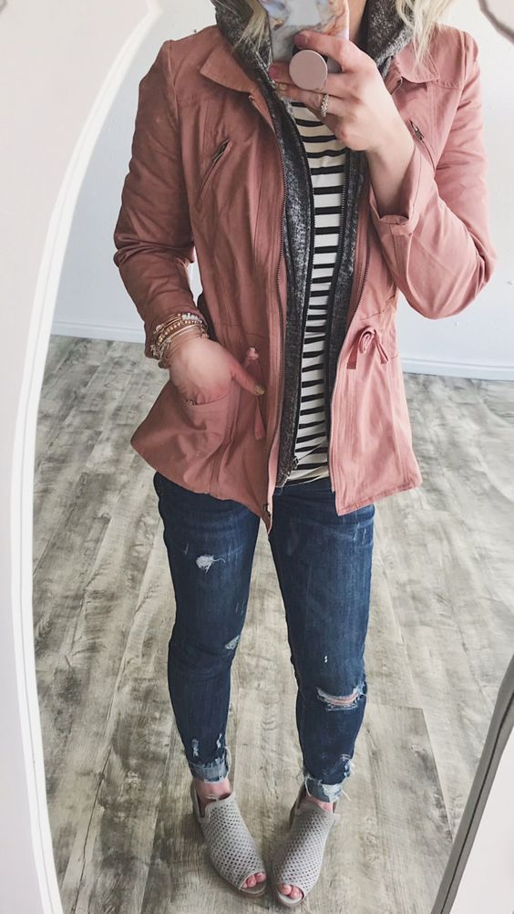 blue-navy-skinny-jeans-gray-shoe-booties-grayd-cardigan-hoodie-pink-light-jacket-utility-spring-summer-weekend.jpg