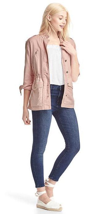 blue-navy-skinny-jeans-white-tee-pink-light-jacket-utility-blonde-white-shoe-sandals-spring-summer-weekend.jpg