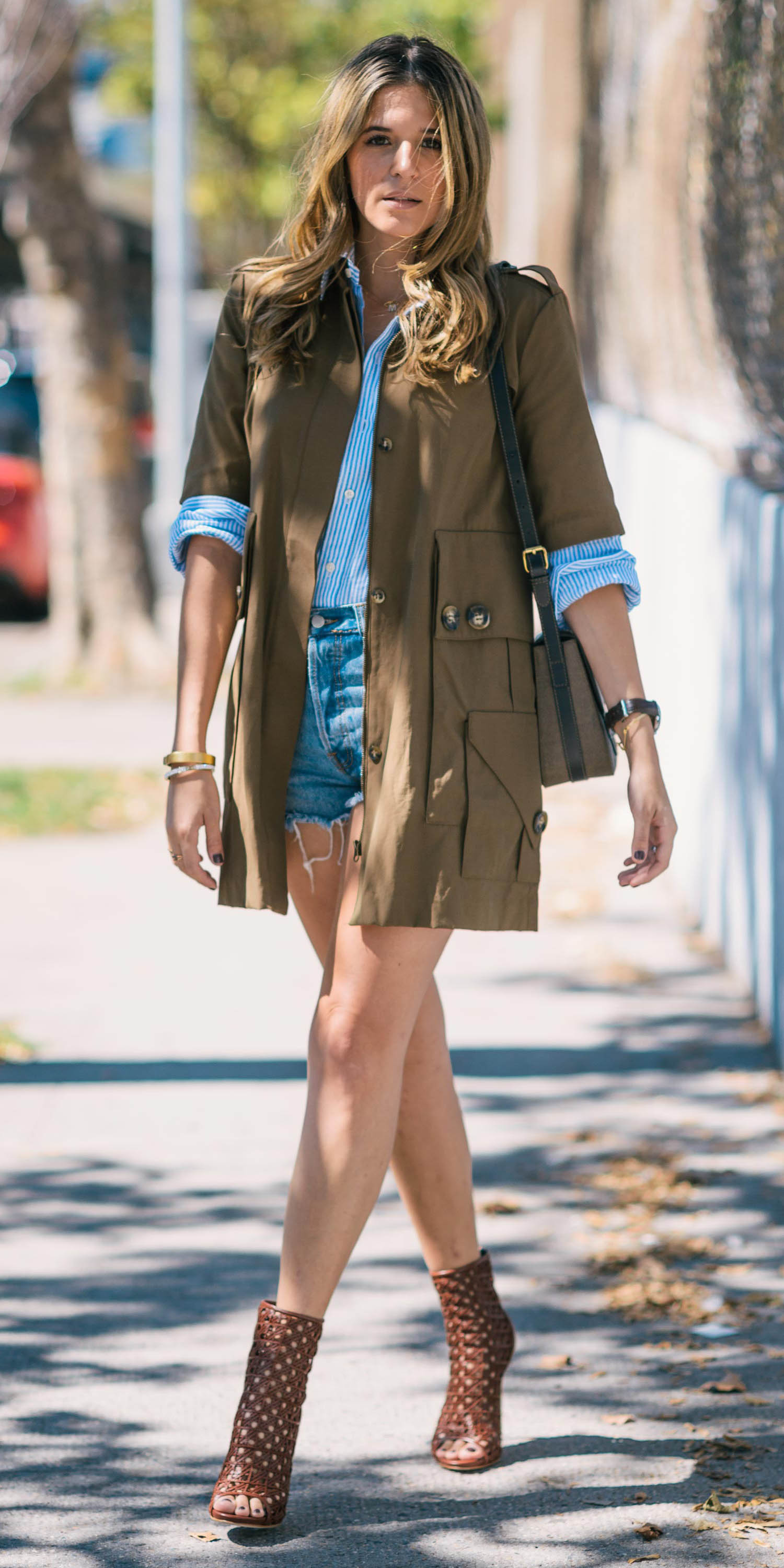 blue-med-shorts-blue-light-collared-shirt-camel-jacket-utility-brown-shoe-booties-blonde-fall-winter-lunch.jpg
