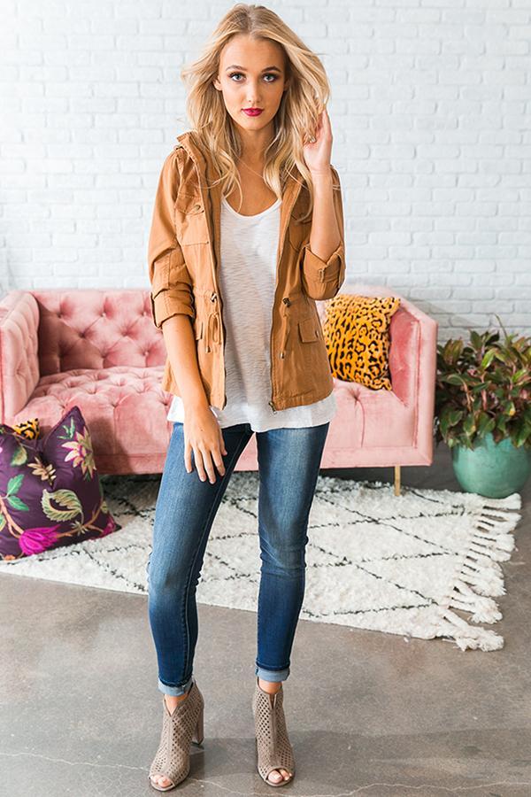 blue-navy-skinny-jeans-white-tee-blonde-camel-jacket-utility-tan-shoe-booties-spring-summer-weekend.jpg