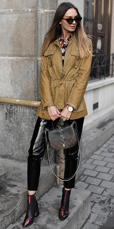 black-skinny-jeans-burgundy-shoe-booties-brown-bag-camel-jacket-utility-hairr-sun-fall-winter-lunch.jpg