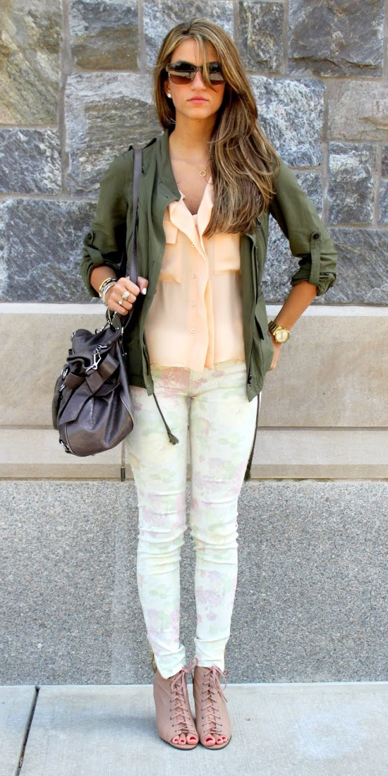 white-skinny-jeans-tan-shoe-sandalh-peach-top-blouse-green-olive-jacket-utility-hairr-spring-summer-lunch.jpg