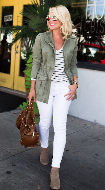 white-skinny-jeans-black-tee-stripe-green-olive-jacket-utility-tan-shoe-booties-sun-brown-bag-howtowear-fashion-style-outfit-spring-summer-blonde-lunch.jpg