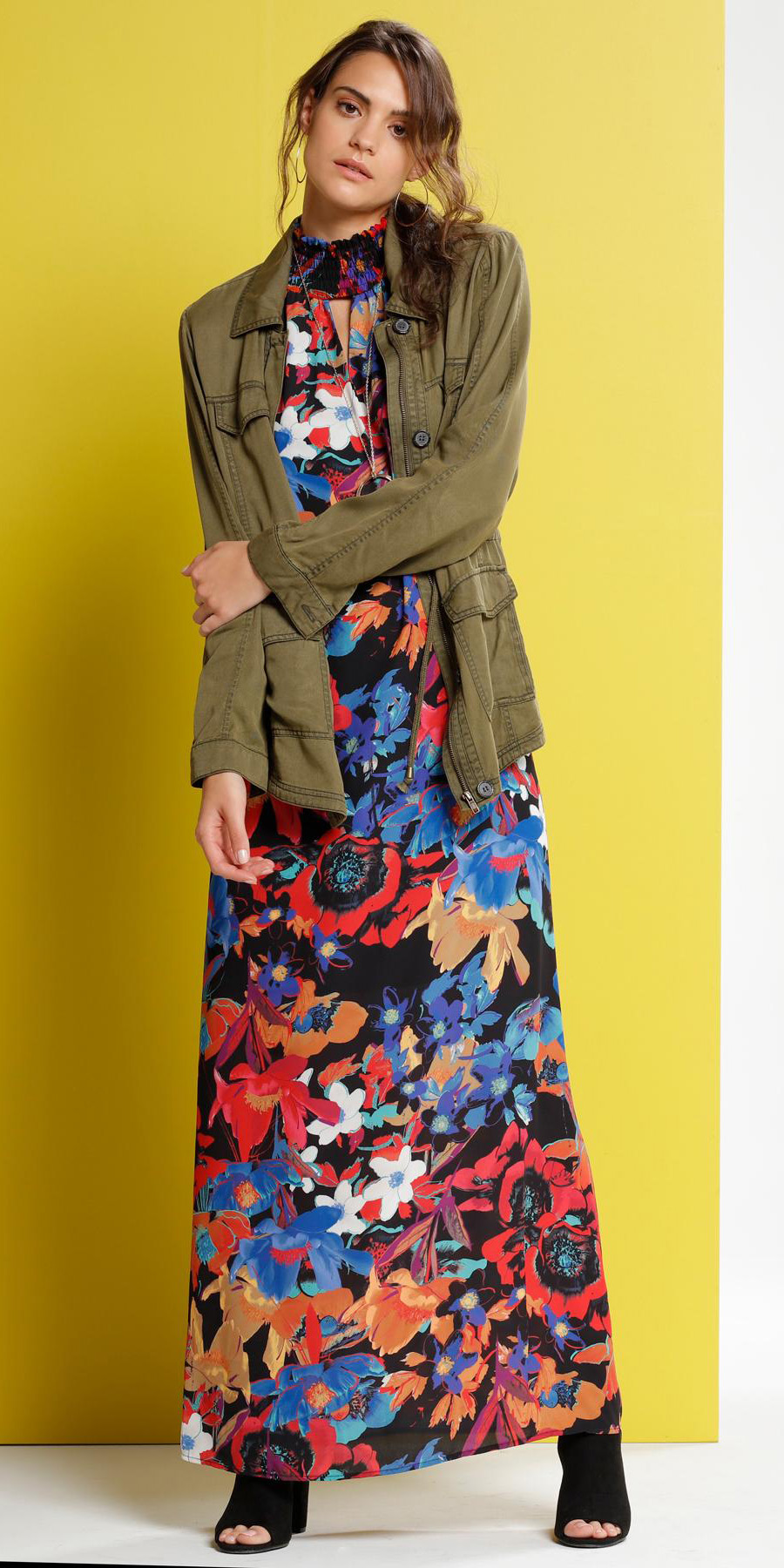 red-dress-print-green-olive-jacket-utility-hairr-black-shoe-sandalh-maxi-fall-winter-lunch.jpg