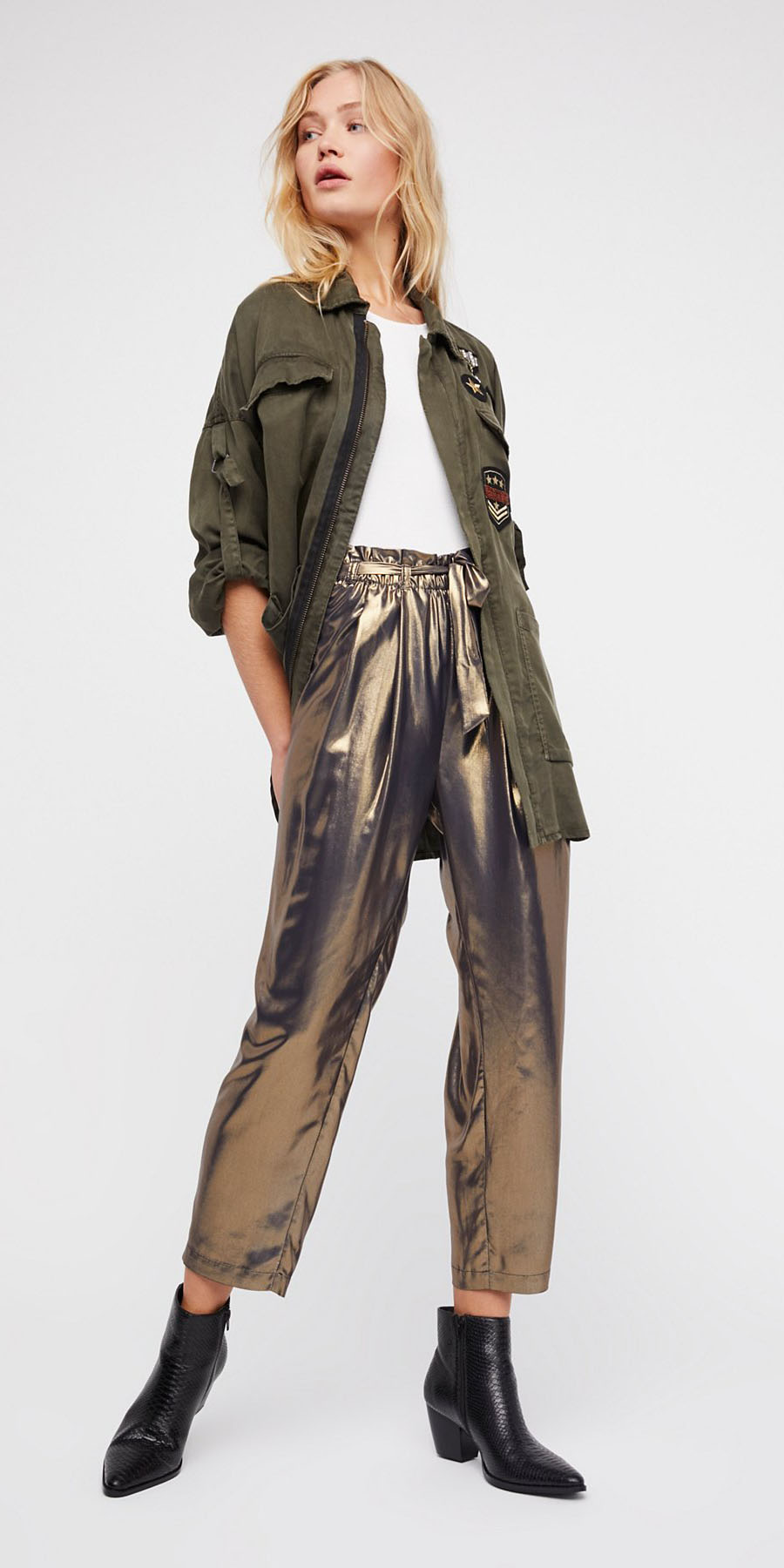tan-joggers-pants-gold-white-tee-green-olive-jacket-utility-blonde-black-shoe-booties-metallic-fall-winter-lunch.jpg