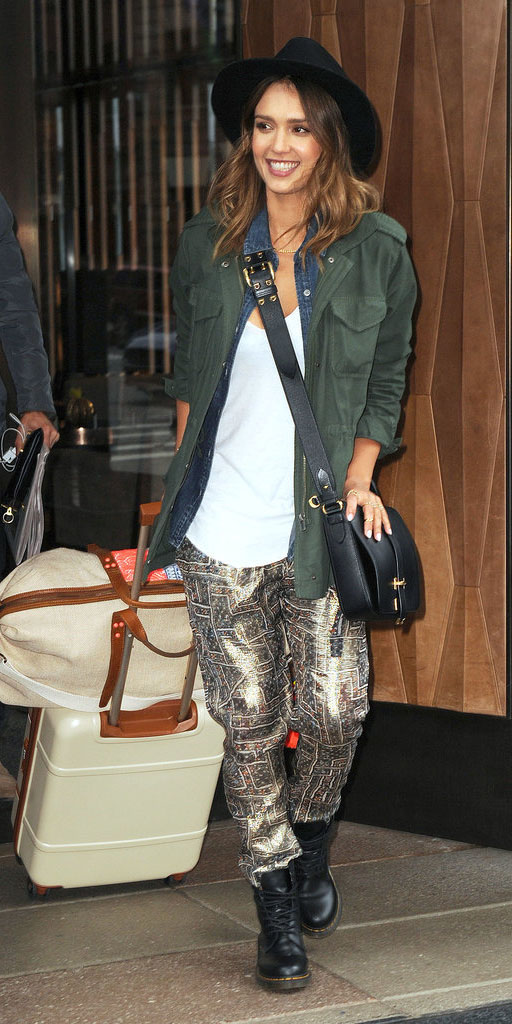 tan-joggers-pants-white-tee-green-olive-jacket-utility-hat-back-bag-black-shoe-booties-travel-jessicaalba-hairr-fall-winter-weekend.jpg