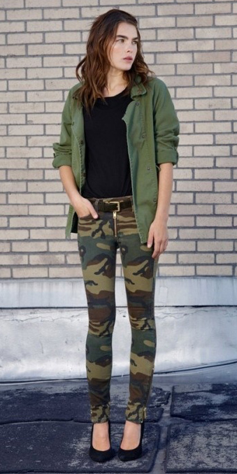 green-olive-skinny-jeans-camo-print-belt-black-tee-green-olive-jacket-utility-black-shoe-pumps-fall-winter-hairr-lunch.jpg