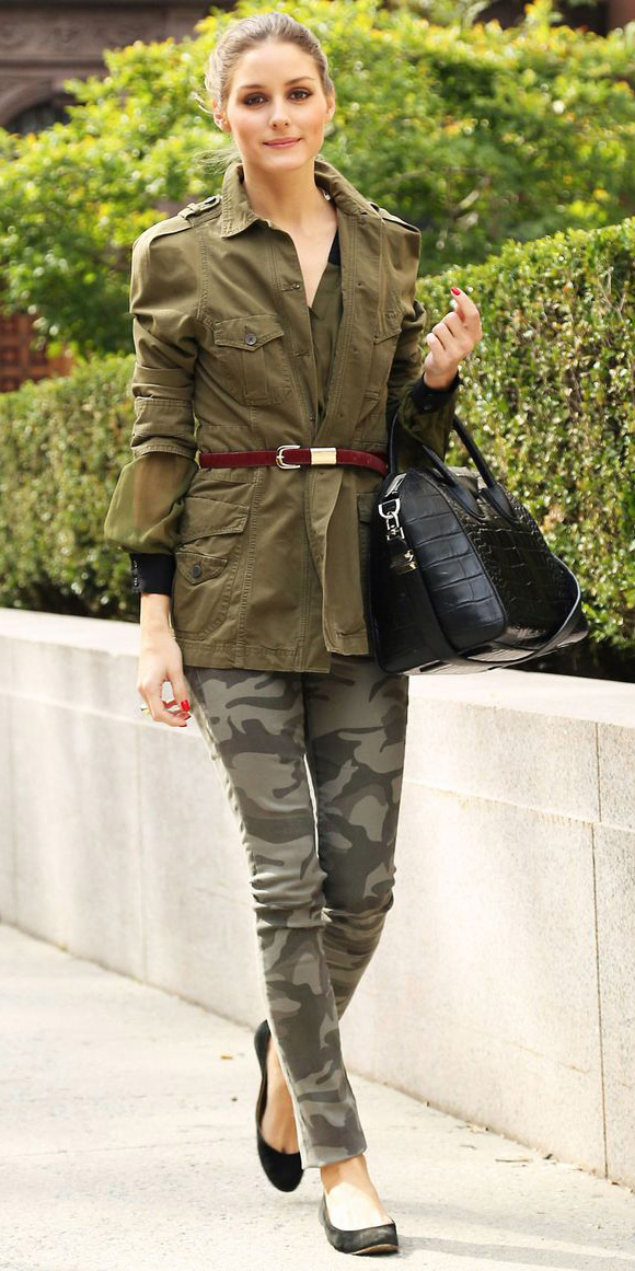 green-olive-skinny-jeans-green-olive-jacket-utility-belt-camo-black-bag-bun-hairr-black-shoe-flats-oliviapalermo-fall-winter-lunch.jpg