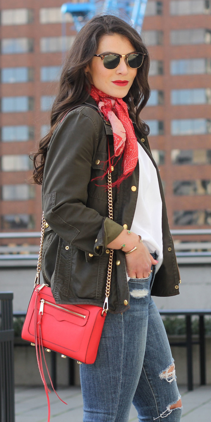blue-med-skinny-jeans-white-tee-green-olive-jacket-utility-red-scarf-neck-red-bag-sun-brun-howtowear-fashion-style-outfit-fall-winter-lunch.jpg