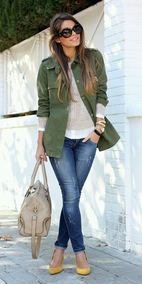 blue-navy-skinny-jeans-tan-sweater-sun-hairr-yellow-shoe-pumps-tan-bag-green-olive-jacket-utility-fall-winter-lunch.jpg