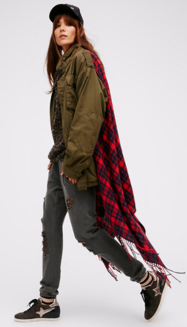 grayd-joggers-pants-grayd-sweater-green-olive-jacket-utility-hat-cap-black-shoe-sneakers-red-scarf-plaid-wear-style-fashion-fall-winter-brun-army-weekend.jpg