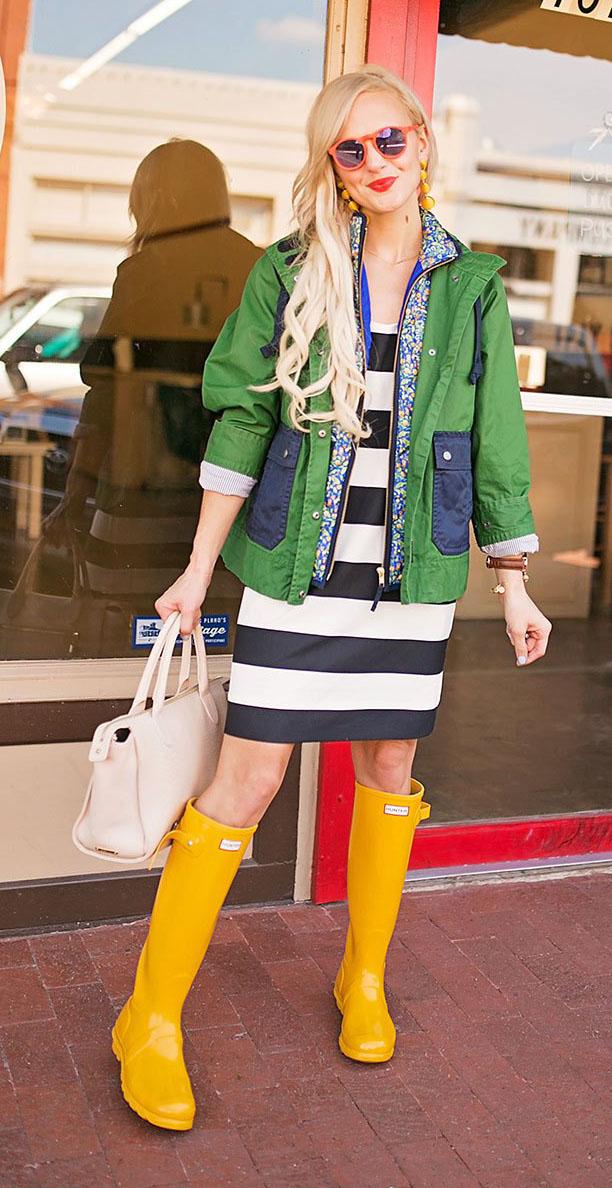 green-emerald-jacket-utility-stripe-bold-blonde-sun-earrings-yellow-shoe-boots-wellies-rain-white-bag-blue-navy-dress-tshirt-blonde-spring-summer-weekend.jpg