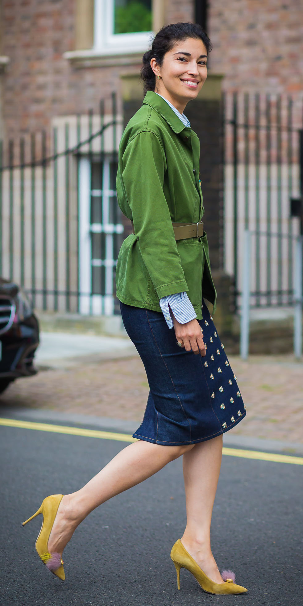 blue-navy-pencil-skirt-denim-green-emerald-jacket-utility-yellow-shoe-pumps-pony-blue-light-collared-shirt-spring-summer-brun-lunch.jpg