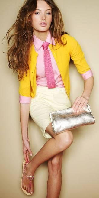 pink-light-collared-shirt-tie-yellow-cardigan-hairr-jcrew-preppy-outfit-spring-summer-lunch.jpg
