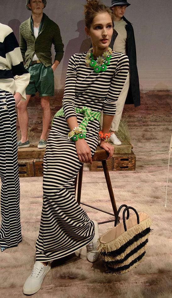 black-dress-zprint-stripe-green-light-cardigan-white-shoe-sneakers-tan-bag-tote-bib-necklace-bracelet-bun-stripe-maxi-wear-style-fashion-spring-summer-jcrew-outfit-hairr-lunch.jpg