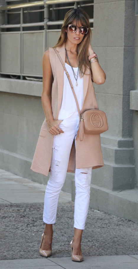 white-skinny-jeans-white-top-tank-tan-vest-knit-tan-bag-necklace-sun-tan-shoe-pumps-howtowear-fashion-style-outfit-spring-summer-hairr-lunch.jpg