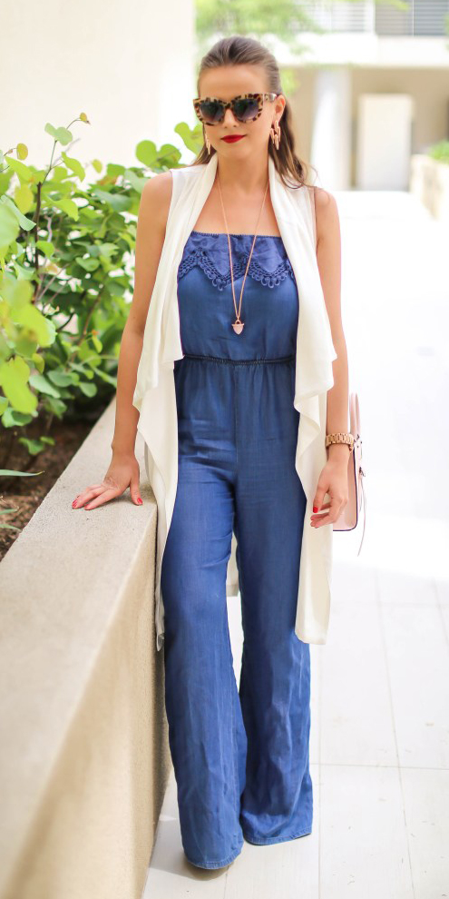 blue-med-jumpsuit-white-vest-knit-sun-hairr-necklace-pend-pink-bag-spring-summer-lunch.jpg