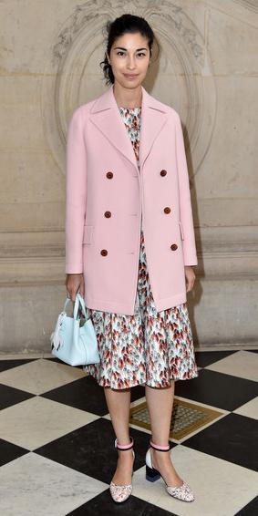 white-dress-midi-print-blue-bag-brun-pony-carolineissa-pink-light-jacket-coat-peacoat-fall-winter-lunch.jpg