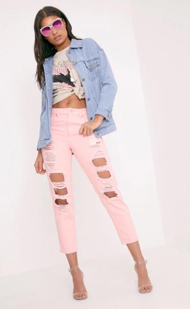 pink-light-boyfriend-jeans-white-graphic-tee-blue-light-jacket-jean-sun-brun-spring-summer-lunch.jpg