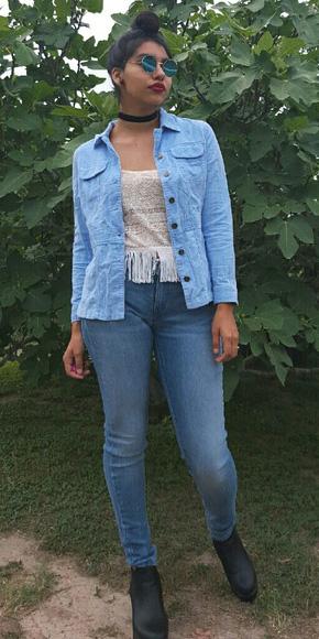 blue-med-skinny-jeans-white-cami-blue-light-jacket-jean-choker-bun-brun-sun-black-shoe-booties-fall-winter-weekend.jpg