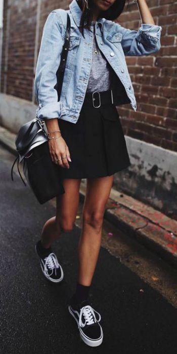 black-mini-skirt-grayl-tee-blue-light-jacket-jean-black-shoe-sneakers-socks-black-bag-fall-winter-brun-weekend.jpg
