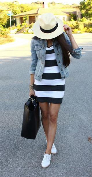 black-dress-blue-light-jacket-jean-bold-stripe-tshirt-black-bag-tote-hat-panama-white-shoe-sneakers-howtowear-fashion-style-outfit-brun-spring-summer-weekend.jpg
