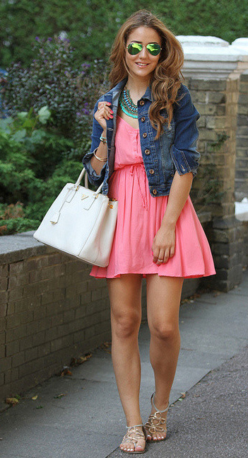 r-pink-magenta-dress-blue-med-jacket-jean-tank-bib-necklace-white-bag-tan-shoe-sandals-sun-howtowear-fashion-style-outfit-spring-summer-hairr-lunch.jpg