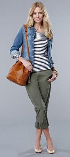 green-olive-chino-pants-blue-navy-tee-stripe-cognac-bag-tan-shoe-pumps-blue-med-jacket-jean-spring-summer-style-fashion-wear-blonde-weekend.jpg