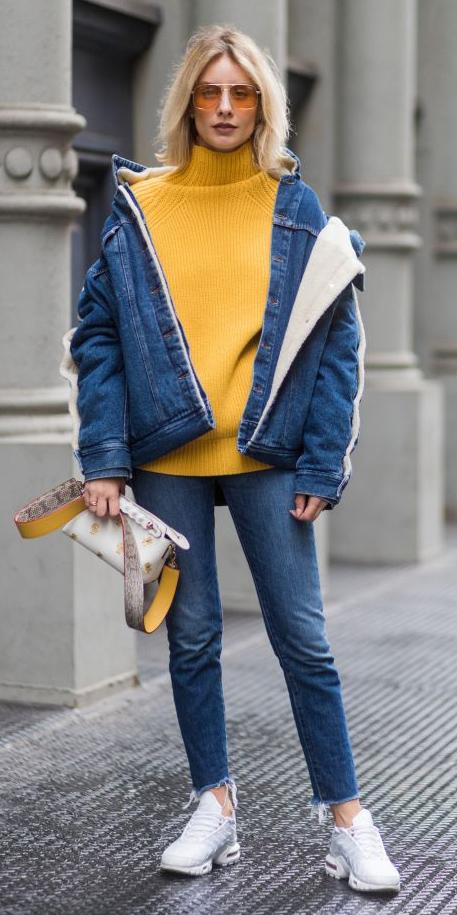 blue-med-skinny-jeans-yellow-sweater-turtleneck-sun-blonde-white-bag-blue-med-jacket-jean-white-shoe-sneakers-fall-winter-weekend.jpg