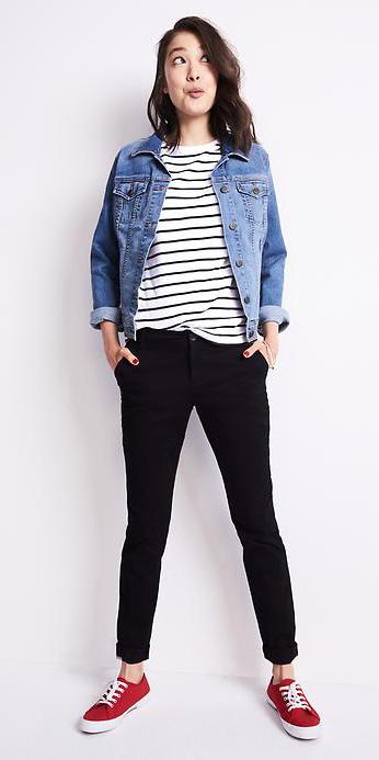 black-chino-pants-black-tee-stripe-blue-med-jacket-jean-red-shoe-sneakers-spring-summer-style-fashion-wear-brun-weekend.jpg