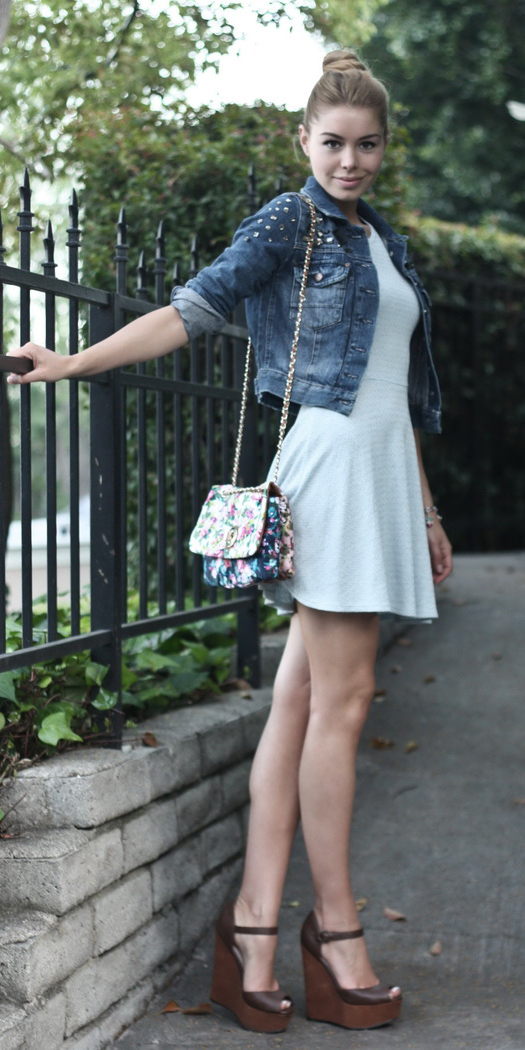 white-dress-mini-blue-navy-jacket-jean-brown-shoe-sandalw-blonde-bun-spring-summer-lunch.jpg