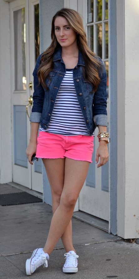 r-pink-magenta-shorts-blue-navy-tee-stripe-blue-navy-jacket-jean-white-shoe-sneakers-howtowear-fashion-style-outfit-spring-summer-hairr-weekend.jpg