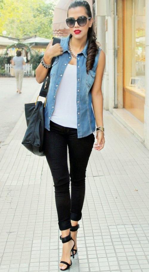 black-skinny-jeans-white-cami-blue-light-vest-jean-necklace-black-bag-sun-black-shoe-sandalh-pony-howtowear-fashion-style-outfit-brun-spring-summer-lunch.jpg