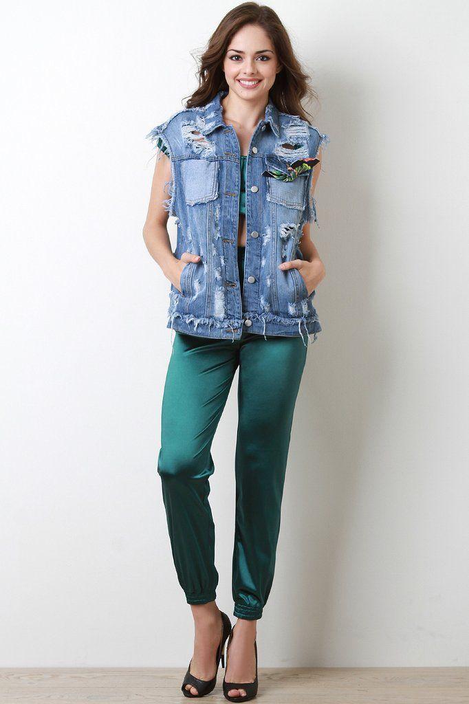 green-dark-joggers-pants-brun-black-shoe-pumps-blue-med-vest-jean-spring-summer-dinner.jpg