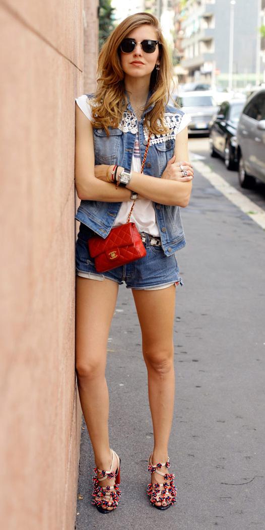 blue-med-shorts-denim-red-bag-red-shoe-sandalh-sun-hairr-white-graphic-tee-blue-med-vest-jean-spring-summer-lunch.jpg