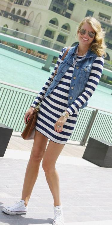 blue-navy-dress-stripe-tshirt-bodycon-blue-med-vest-jean-cognac-bag-bib-necklace-sun-blonde-white-shoe-sneakers-spring-weekend.jpg