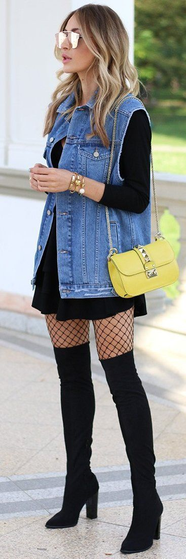 black-dress-swing-tshirt-black-tights-fishnet-blonde-yellow-bag-sun-bracelet-black-shoe-boots-otk-blue-med-vest-jean-fall-winter-lunch.jpg