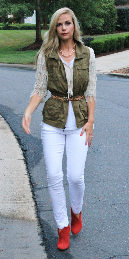 white-skinny-jeans-belt-blonde-leopard-print-chain-necklace-red-shoe-booties-green-olive-vest-utility-fall-winter-lunch.jpg