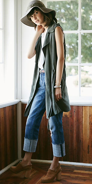 blue-med-boyfriend-jeans-white-tee-belt-hat-hairr-cognac-shoe-booties-green-olive-vest-utility-trench-fall-winter-weekend.jpg